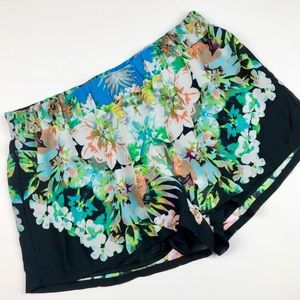 Bisou Bisou Black Floral Flowy Shorts